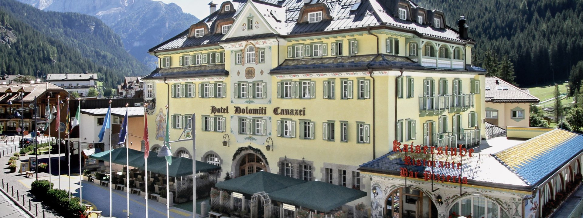 Canazei: Hotel Dolomiti (HOTELBUS) – halvpension